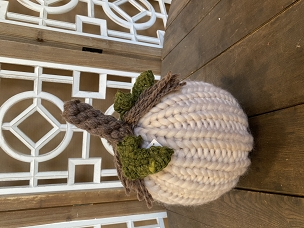 White Tall Knit Braided w/ Leaves Chunky Yarn Pumpkin