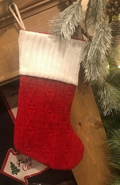 20' Red Cable Knit With White Cuff Stocking